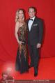 Filmball Vienna - Rathaus - Fr 01.04.2016 - Gregor GLANZ mit Freundin Daniela15