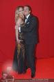Filmball Vienna - Rathaus - Fr 01.04.2016 - Gregor GLANZ mit Freundin Daniela18