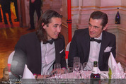 Filmball Vienna - Rathaus - Fr 01.04.2016 - Werner SCHREYER mit Sohn Marlon298