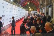 Filmball Vienna - Rathaus - Fr 01.04.2016 - Red Carpet43