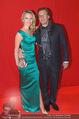 Filmball Vienna - Rathaus - Fr 01.04.2016 - Philipp WECK mit Freundin Yulija DEVYATOVA47