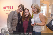 Opening - Yuwell - Do 07.04.2016 - Felicitas MATERN, Barbara KAUDELKA, Diana LUEGER2