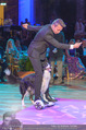 Dancer against Cancer - Hofburg - Sa 09.04.2016 - Hund Falco mit Lukas332