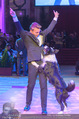 Dancer against Cancer - Hofburg - Sa 09.04.2016 - Hund Falco mit Lukas334