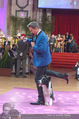 Dancer against Cancer - Hofburg - Sa 09.04.2016 - Hund Falco mit Alfons HAIDER343