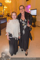 Dancer against Cancer - Hofburg - Sa 09.04.2016 - Michaela SCHIMANKO mit Tochter Zoe41