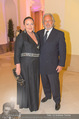 Dancer against Cancer - Hofburg - Sa 09.04.2016 - Doris KIEFHABER mit Ehemann52