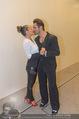 Dancing Stars Ball - Parkhotel Schönbrunn - Di 12.04.2016 - Fadi MERZA mit Ehefrau Ines (Kussfoto)17