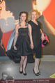 ROMY Gala - Red Carpet - Hofburg, Wien - Sa 16.04.2016 - Sunnyi MELLES mit Tochter Leonille120