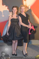 ROMY Gala - Red Carpet - Hofburg, Wien - Sa 16.04.2016 - Sunnyi MELLES mit Tochter Leonille121
