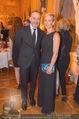 Fundraising Dinner - Albertina - Do 21.04.2016 - Alejandro PLATER mit Begleitung (Ehefrau?)116
