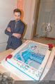All for Autism Charity Concert - Wiener Musikverein - Di 26.04.2016 - Dima BILAN mit Torte206