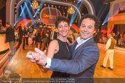 Dancing Stars - ORF Zentrum - Fr 29.04.2016 - Rainer SCH�NFELDER mit Ehefrau (komplett neue Frisur)1