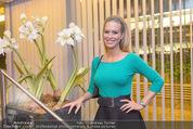 Dancing Stars - ORF Zentrum - Fr 29.04.2016 - S�ngerin (Bardame) LHEEY (Doris)65