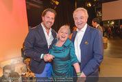 Dancing Stars Finale - ORF Zentrum - Fr 06.05.2016 - Daniel und Harald SERAFIN, Brigitte KREN57