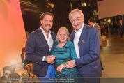 Dancing Stars Finale - ORF Zentrum - Fr 06.05.2016 - Daniel und Harald SERAFIN, Brigitte KREN58
