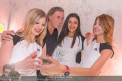 Huawei P9 Präsentation - MQ Leopold Museum - Mi 11.05.2016 - Norbert BLECHA mit girls110