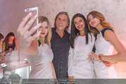 Huawei P9 Präsentation - MQ Leopold Museum - Mi 11.05.2016 - Norbert BLECHA mit girls111