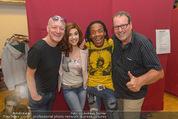 Charity Modenschau - Kulturhaus Hirtenberg - Sa 14.05.2016 - Gary HOWARD, Nadine BEILER, Greg BANNIS, Robert WILLE23