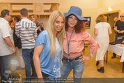 Charity Modenschau - Kulturhaus Hirtenberg - Sa 14.05.2016 - Yvonne RUEFF, Christina LUGNER61