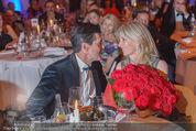 emba - Events Hall of Fame - Casino Baden - Do 19.05.2016 - Hubert Hupo NEUPER mit Ehefrau Claudia und 32 roten Rosen162