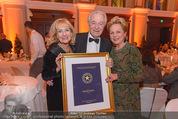 emba - Events Hall of Fame - Casino Baden - Do 19.05.2016 - Harald SERAFIN mit Ehefrau Mausi Ingeborg, Dagmar KOLLER204