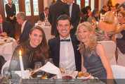emba - Events Hall of Fame - Casino Baden - Do 19.05.2016 - Hupo und Claudia NEUPER mit Tochter Nina56