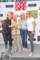 Jane Goodall - Nussyy Spar PK - Q19 - Fr 20.05.2016 - Jane GOODALL, Carina PIRNGRUBER mit Familie (Mutter, Schwester)99