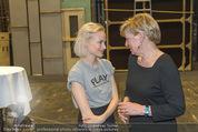 Nein zu krank und arm - Burgtheater - Fr 20.05.2016 - Mavie H�RBIGER, Karin BERGMANN43