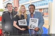 25 Jahre Manfred Baumann Fotografie - BMW Wien Heiligenstadt - Di 24.05.2016 - Larissa MAROLT, Roberto BLANCO36