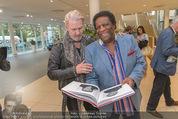 25 Jahre Manfred Baumann Fotografie - BMW Wien Heiligenstadt - Di 24.05.2016 - Johnny LOGAN, Roberto BLANCO80
