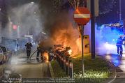 Mercedes brennt - Wiedner Gürtel - Mi 01.06.2016 - Mercedes brennt, Fahrzeugbrand PKW Autobrand Feuer Einsatz11
