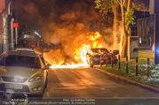 Mercedes brennt - Wiedner Gürtel - Mi 01.06.2016 - Mercedes brennt, Fahrzeugbrand PKW Autobrand Feuer Einsatz3