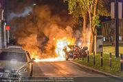 Mercedes brennt - Wiedner Gürtel - Mi 01.06.2016 - Mercedes brennt, Fahrzeugbrand PKW Autobrand Feuer Einsatz4