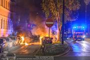 Mercedes brennt - Wiedner Gürtel - Mi 01.06.2016 - Mercedes brennt, Fahrzeugbrand PKW Autobrand Feuer Einsatz7