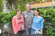 Sommerfest - Ronald McDonald Kinderhilfehaus - Do 02.06.2016 - Sonja KLIMA, Gerlinde HOFER, Oliver HOFFINGER14