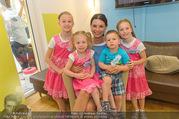 Sommerfest - Ronald McDonald Kinderhilfehaus - Do 02.06.2016 - Sonja KLIMA mit Kinderhilfehaus-Kindern35