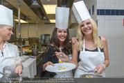 Promis kochen für den Vatertag - Hotel Bristol - Mi 08.06.2016 - Rosi WIELAND, Lisa HOTWAGNER4