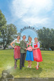 Kristina Sprenger Fotoshooting - Wiener Wiesn Riesenrad - Do 09.06.2016 - Birgit INDRA, Christian FELDHOFER, Kristina SPRENGER, C WIESNER38