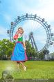 Kristina Sprenger Fotoshooting - Wiener Wiesn Riesenrad - Do 09.06.2016 - Kristina SPRENGER68