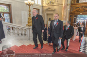 Lifeball Celebration Concert - Burgtheater - Fr 10.06.2016 - Gery KESZLER, Kardinal Christoph SCH�NBORN53