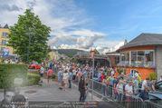 Sportwagenfestival - Velden - So 19.06.2016 - Zuschauermassen, Menschen, Publikum42