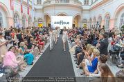 Leading Ladies Award - Palais Niederösterreich - Di 21.06.2016 - Modenschau117
