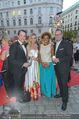 Fete Imperiale - Spanische Hofreitschule - Fr 24.06.2016 - Gregor GLANZ mit Daniela, Arabella KIESBAUER, Florens EBLINGER102