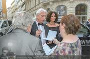 Österreichischer Musiktheaterpreis - Ronacher - Mo 27.06.2016 - Dmitri HVOROSTOVSKY mit Ehefrau Florence61