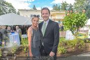 4July - Independence Day Party - Residenz der US-Botschaft - Mi 29.06.2016 - Nikolaus BERLAKOVIC mit Ehefrau Ursula15