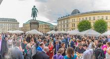 Raiffeisen Sommerfest - Albertina Vorplatz - Do 30.06.2016 - Publikum, Festg�ste, �bersicht, Party, Cocktailempfang52