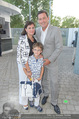 Premiere Seefestspiele - Mörbisch - Do 07.07.2016 - Familie Peter HANKE mit Ehefrau und Sohn Philipp60