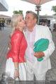 Premiere Seefestspiele - Mörbisch - Do 07.07.2016 - Cathy und Richard LUGNER (Kussfoto)64