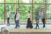 Ai Weiwei Opening - 21er Haus - Di 12.07.2016 - AI Weiwei mit Begleitung, u.a. Freundin Wang FEN12